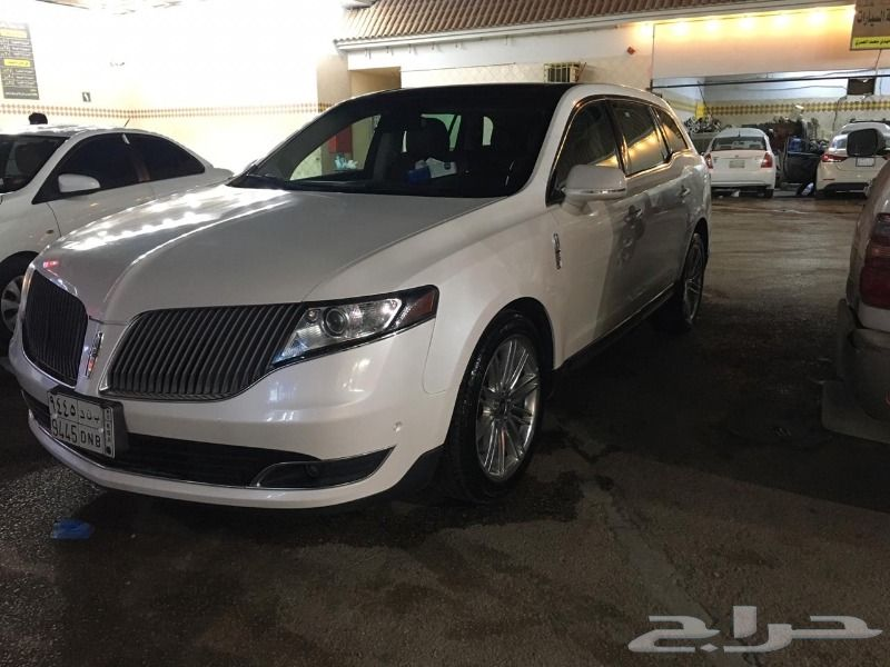 Ford Lincoln MKT 2014