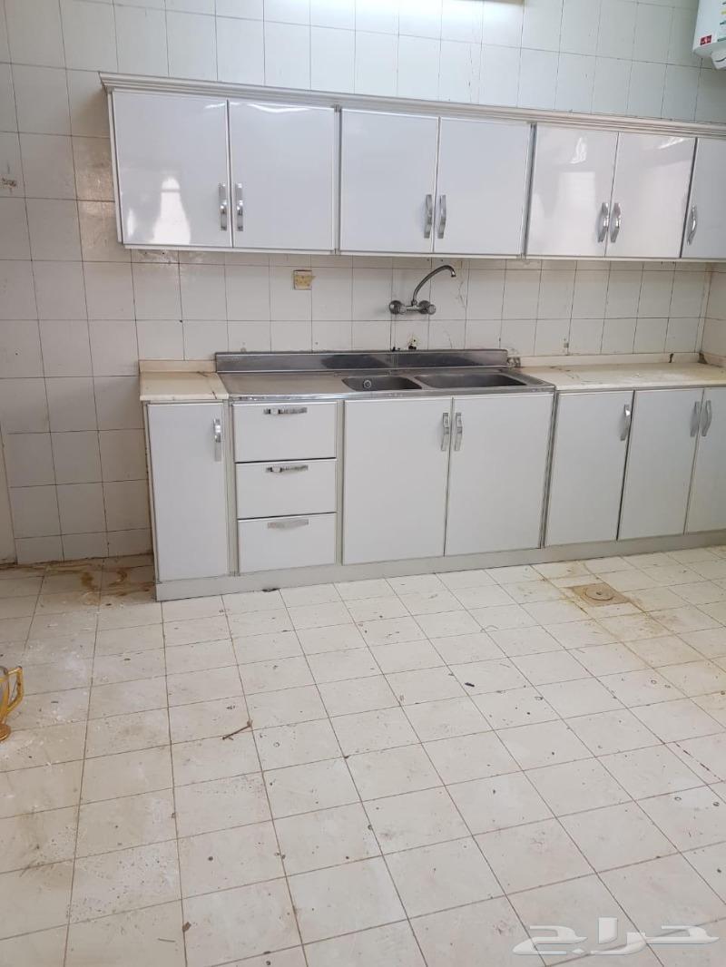 شقة عوائل خميس مشيط الرونة جوار المدارس