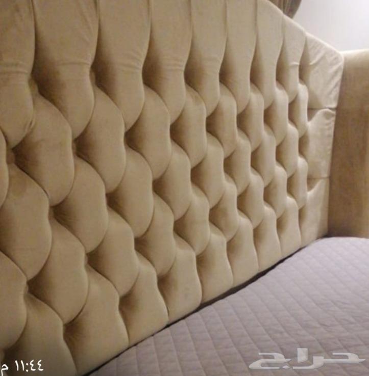 غرفة نوم شبه جديدة للبيع