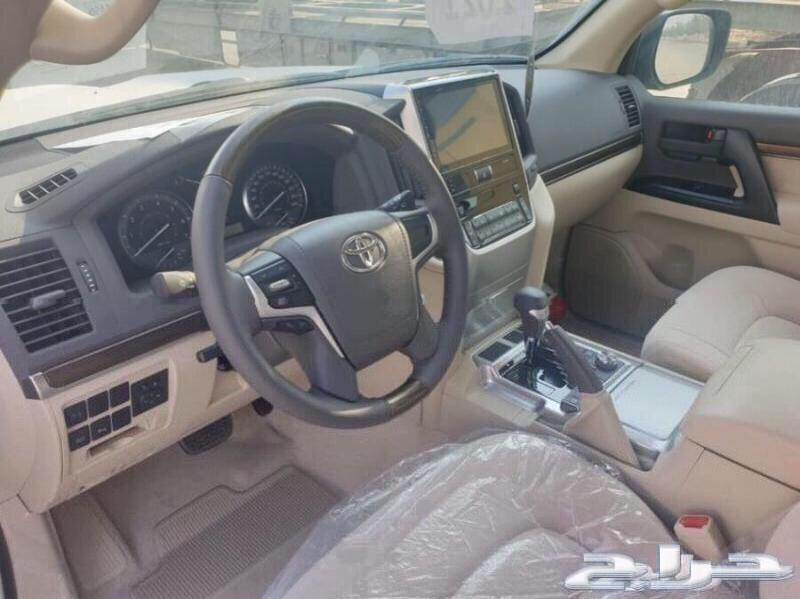 تويوتا لاندكروزر 2021 ب179900 GXR V6